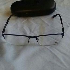 Eye glassee
